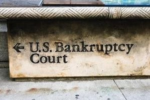Free Bankruptcy Help for Low-Income Persons in New York | eHow
